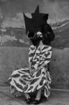 Photography Leonardo V, Total Look Nastri e Cavalli Vintage, Hat piece by Leonardo V