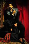 Total Look Valentino; Photography Leonardo V